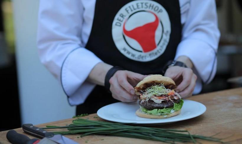Privates, kulinarisch exquisites Grill-Catering für 100 Personen